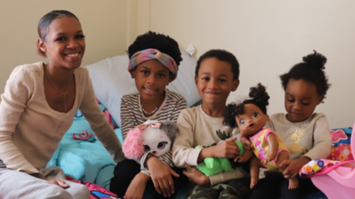 danielle-stallworth-and-children.png