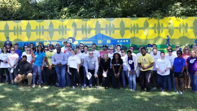On Sept. 24, a group of more than 50 volunteers from Fund Evaluation Group, GE and P&G worked with community members in Lincoln Heights to support critical projects in the village that will provide beneficial resources for residents.
