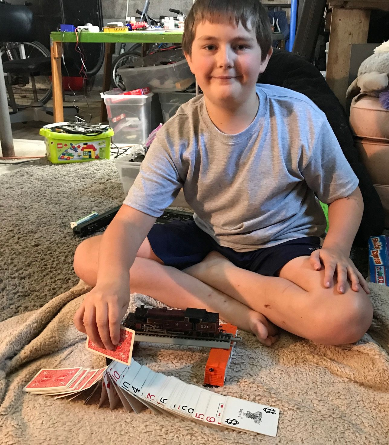 Card Magic Tricks for Beginners Ages 10-16. How to Perform