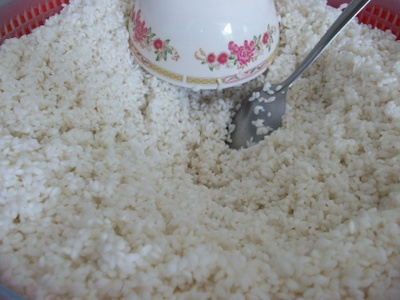 "Sweet rice before becoming ""Com Nep Mat"""