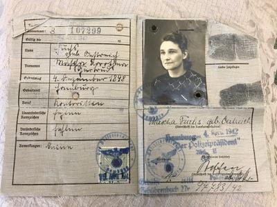Inside of German ID