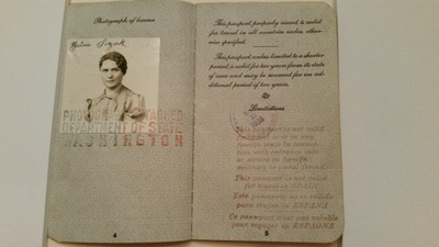 Julia Slezak's U.S. passport, 1938