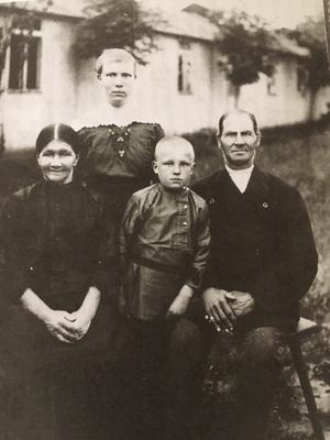 Weber Family Frankfurt (Oder) c 1920