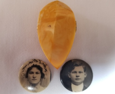 Grandparents photo pins & Amber pin