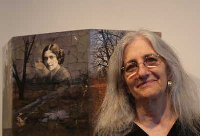 Author Sara Friedlander by her portrait of Masha