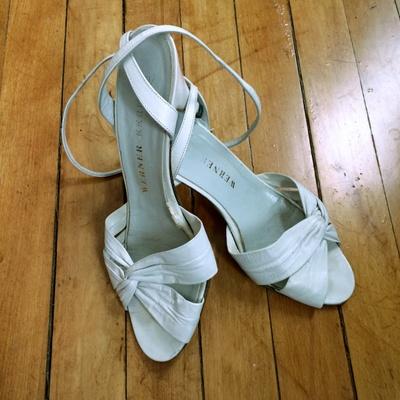 Heidi's shoes