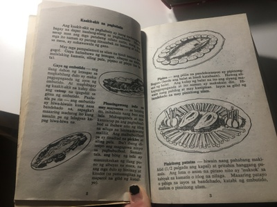 Inside of the cookbook. As you can see the directions are in Tagalog.