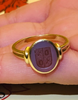 Ring with Family Crest