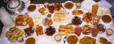Foods in Ramadan be like