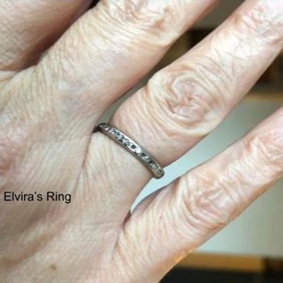 wedding ring, tiny diamonds, 4 missing