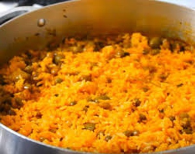 Arroz con gandules is rice with peas.